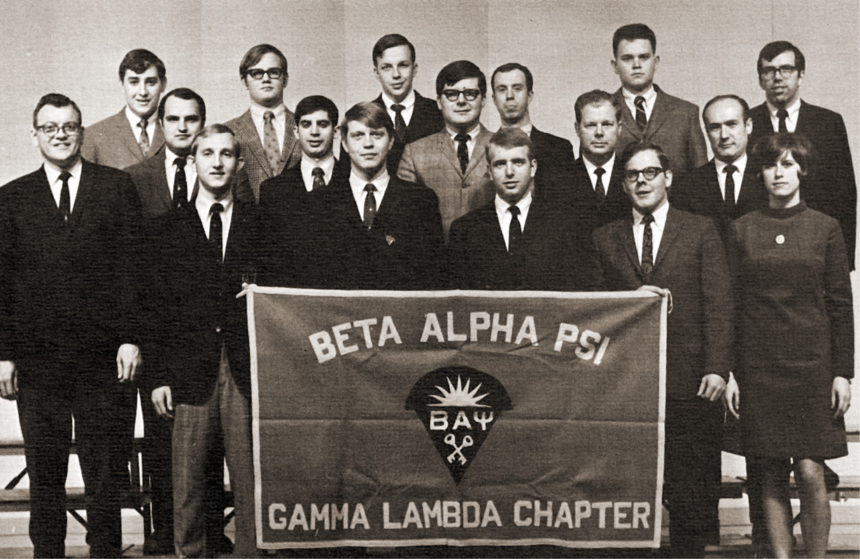 Group photo of Gamma Lambda Chapter of Beta Alpha Psi